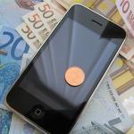 Stop al roaming nell'Ue dal 2017, chiamare all'estero allo stesso prezzo