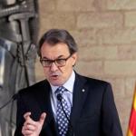 Il parlamento catalano proclama l'indipendenza dalla Spagna