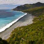 Nonza, la torre e la spiaggia nera: un gioiello del Capo Corso