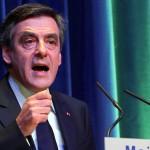 L'ex primo ministro François Fillon chiede una reazione al discorso di Gilles Simeoni