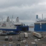 """La CGT mette fine al blocco: """"Stena Carrier"""" attracca, """"Girolata"""" riparte"""