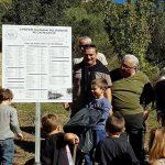 Una targa commemora i bambini morti nell'ex colonia penale di Castelluccio