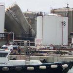 Esplode una cisterna nel porto industriale di Livorno, due operai morti