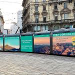 """La Corsica """"sbarca"""" sui tram di Milano con la campagna pubblicitaria per la stagione estiva"""