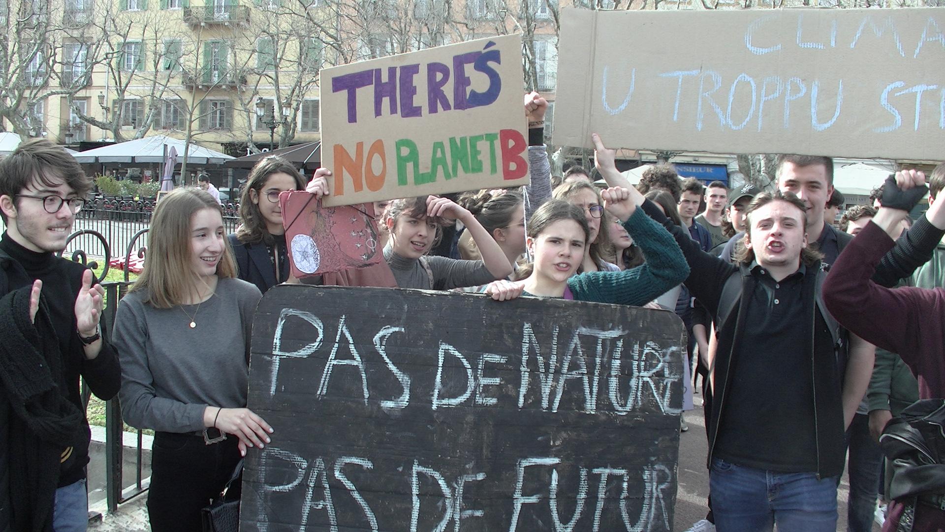 Fridays for Future, studenti in corteo per il clima anche a Bastia