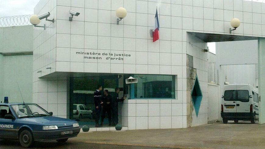 Dopo l'aggressione a due guardie carcerarie in Normandia, protestano i sorveglianti in Corsica