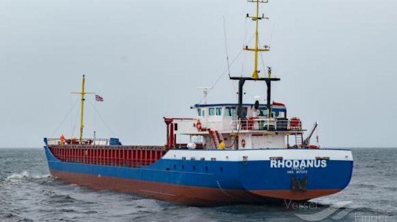 Una nave mercantile si incaglia nelle Bocche di Bonifacio
