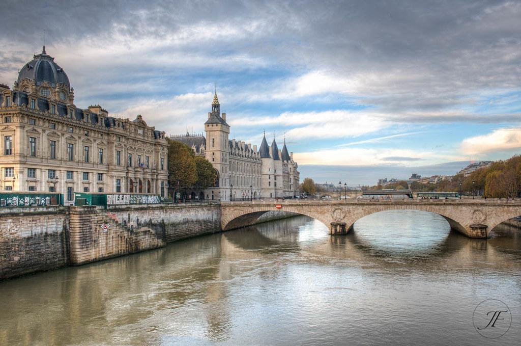 Pasquale Paoli a Parigi: Quai de la Corse prende il suo nome