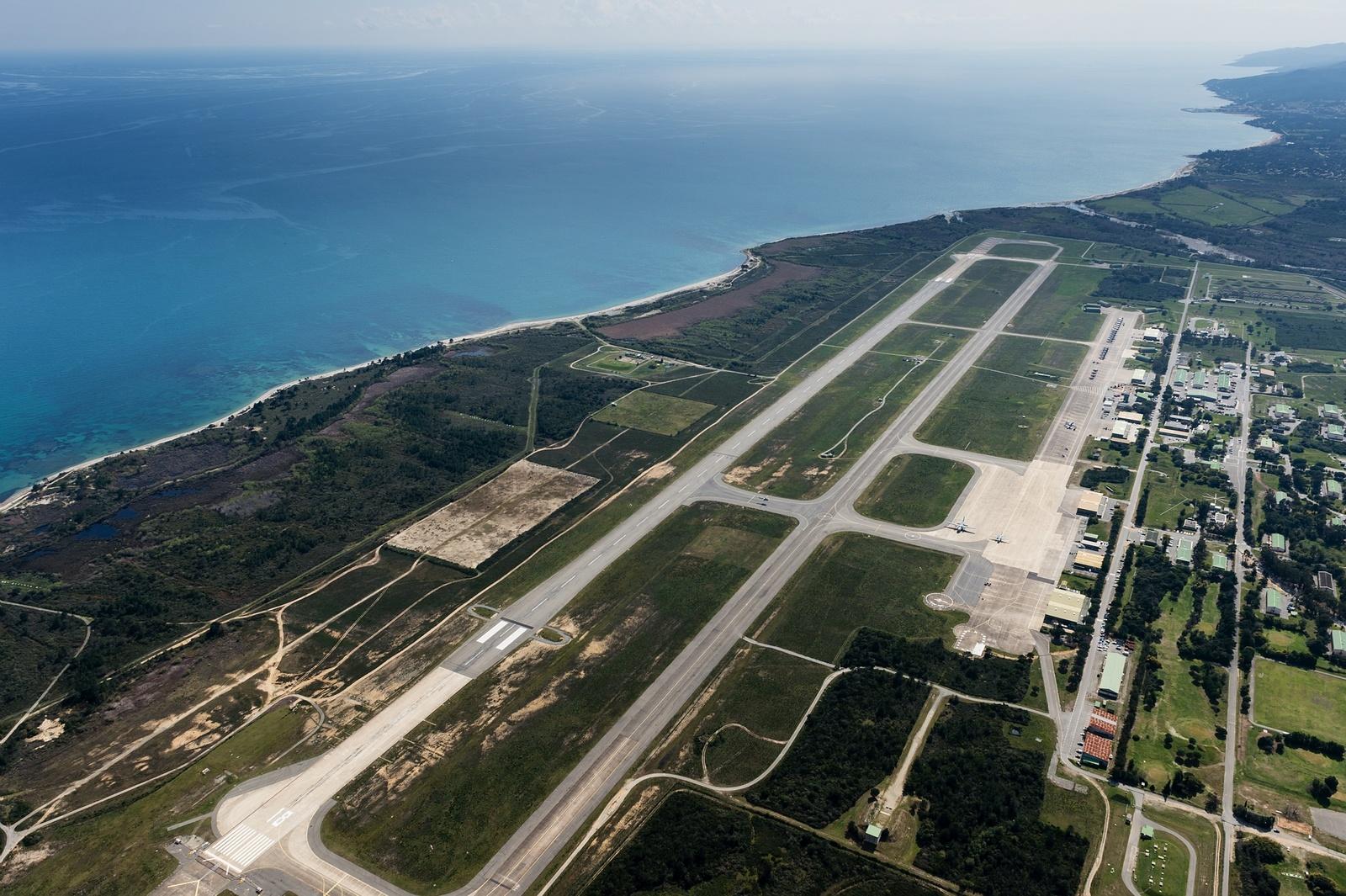 Core in Fronte si mobilita contro l'espansione e l'inquinamento della base militare di Solenzara
